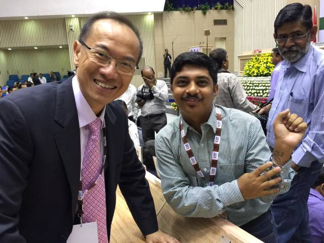 Saket Agasti with Chancellor George Yeo