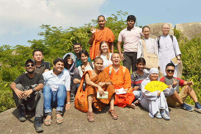 School of Buddhist Studies Conducts Field Trip